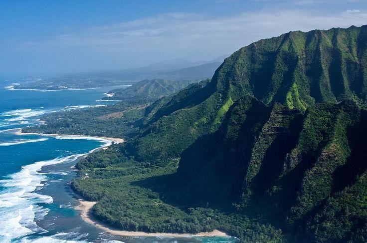 So many beaches in Hawaii so little time. Kauai's Na Pali Coast is proof of that. #hawaii #hawaiilife #islandlife #islandparadise #beach #beaches #coast #surf #bikini #exotic #paradise #volcano #shorts #sand #vacation #wecangetyouthere #timelesstravels