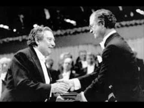 Discurso de Octavio Paz En La Entrega Del Premio Nobel 1990
