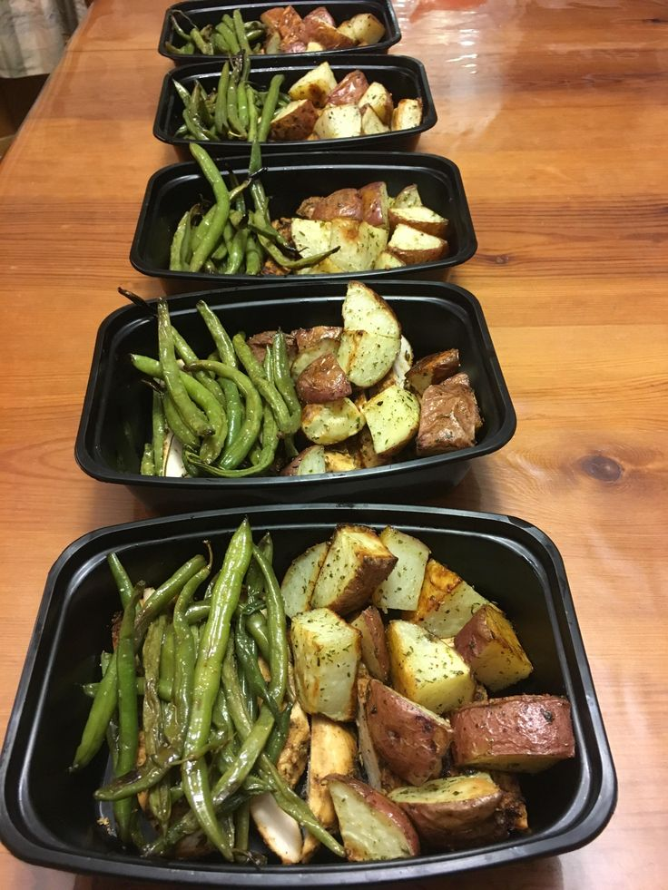 Roasted red potatoes and green beans over grilled chicken. #mealprepping #OneSimpleChange #mealprep #healthy #mealplanning #healthyliving #food #weightloss #sunday