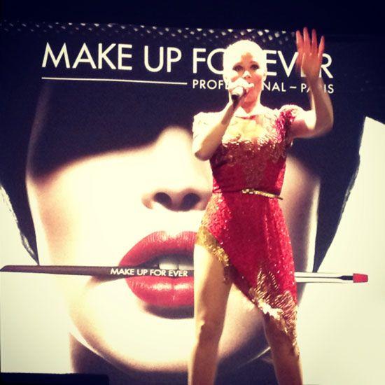 Soraya en la presentación de Pro Finish, base de maquillaje compacta de Make Up For Ever