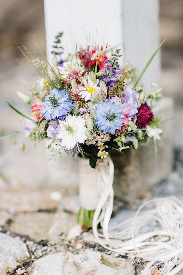 Lively boho hippie wedding by david & kathrin photography and film