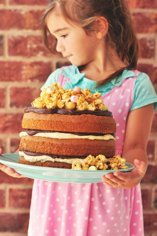 Peanut Butter and Chocolate Popcorn Cake. Plus other naked cakes.