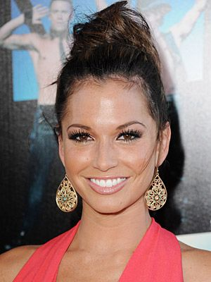Melissa Rycroft Hairstyles - June 24, 2012 - DailyMakeover.com