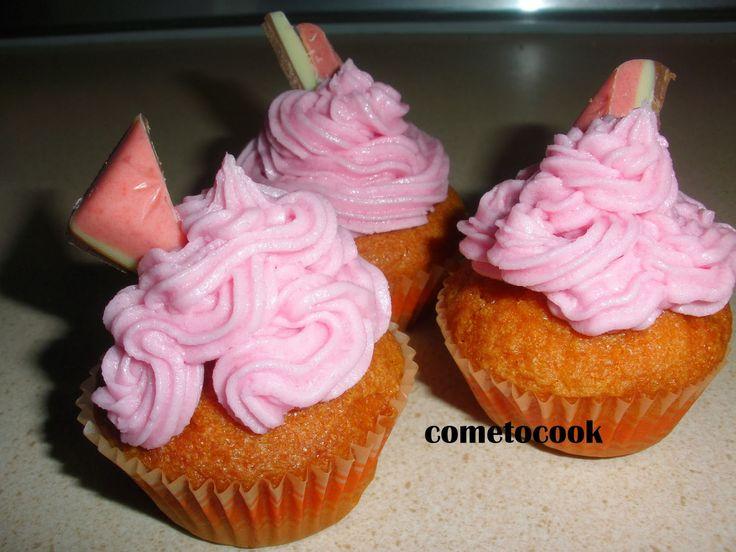 Come to cook: Βουτυρόκρεμα για cupcakes με γεύση φράουλα