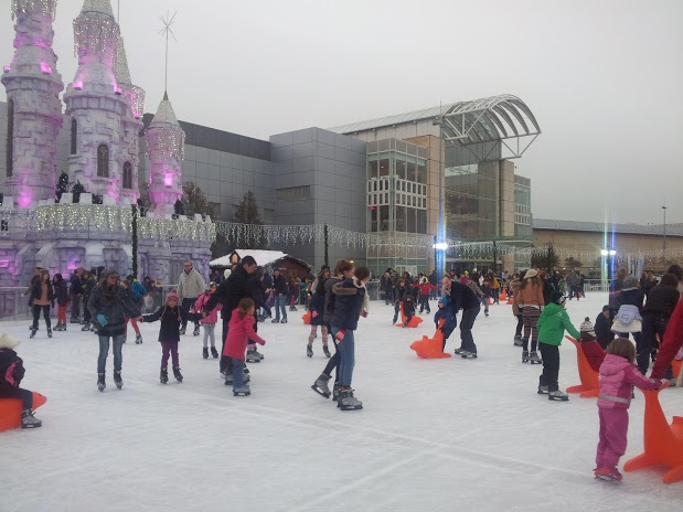 Ice Skate Rink outside Cribbs Causeway Mall