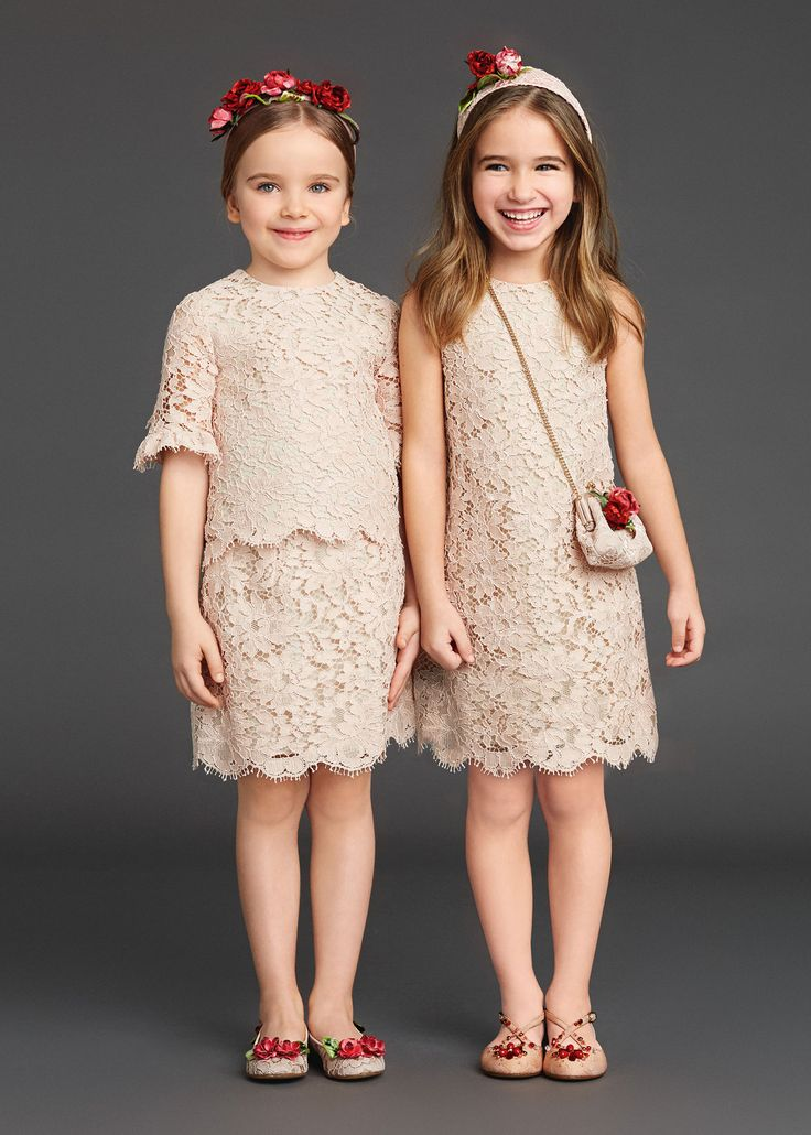 http://www.dolcegabbana.com/child/collection/dolce-and-gabbana-winter-2016-child-collection-11/