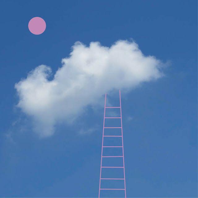 helvericagrafica: Up in the Sky