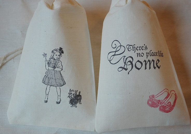 Wizard of Oz Dorothy, Toto and No Place Like Home SET -  Organic Muslin Cotton Favor Gift Bags via Etsy.