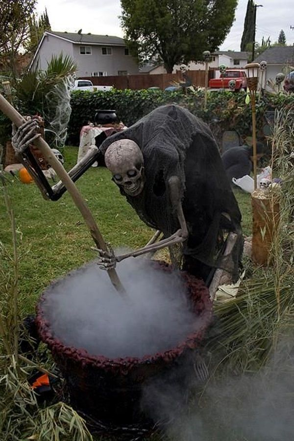 Scary Halloween Decoration Ideas to try this Year (14)                                                                                                                                                                                 More