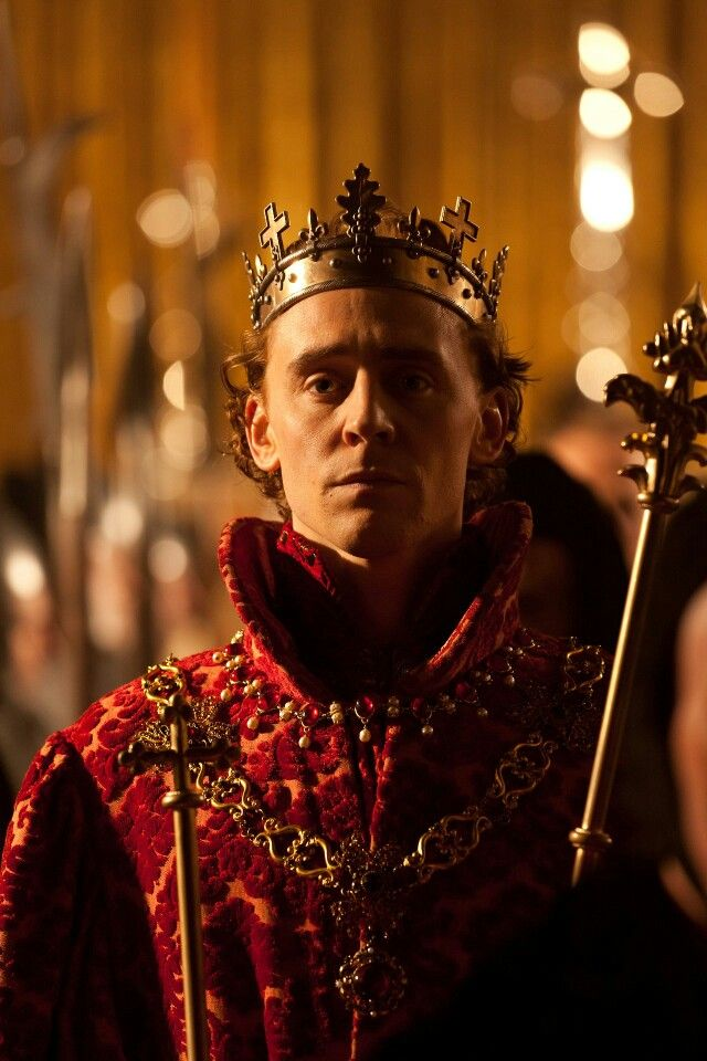 prince hal transformation to king henry v Prince hal is the standard term used in literary criticism to refer to shakespeare's portrayal of the young henry v of england as a prince before his accession to the throne, taken from the diminutive form of his name used in the plays almost exclusively by falstaff.
