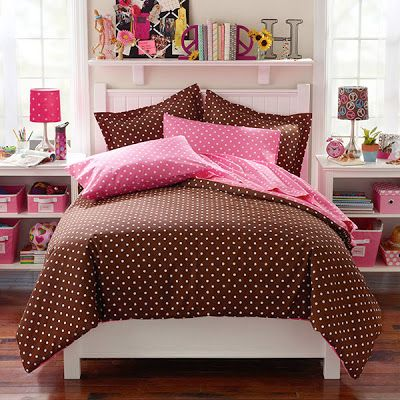 quarto rosa e marron