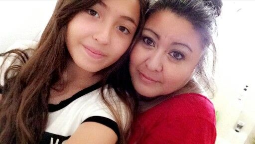 Mom & Daugther