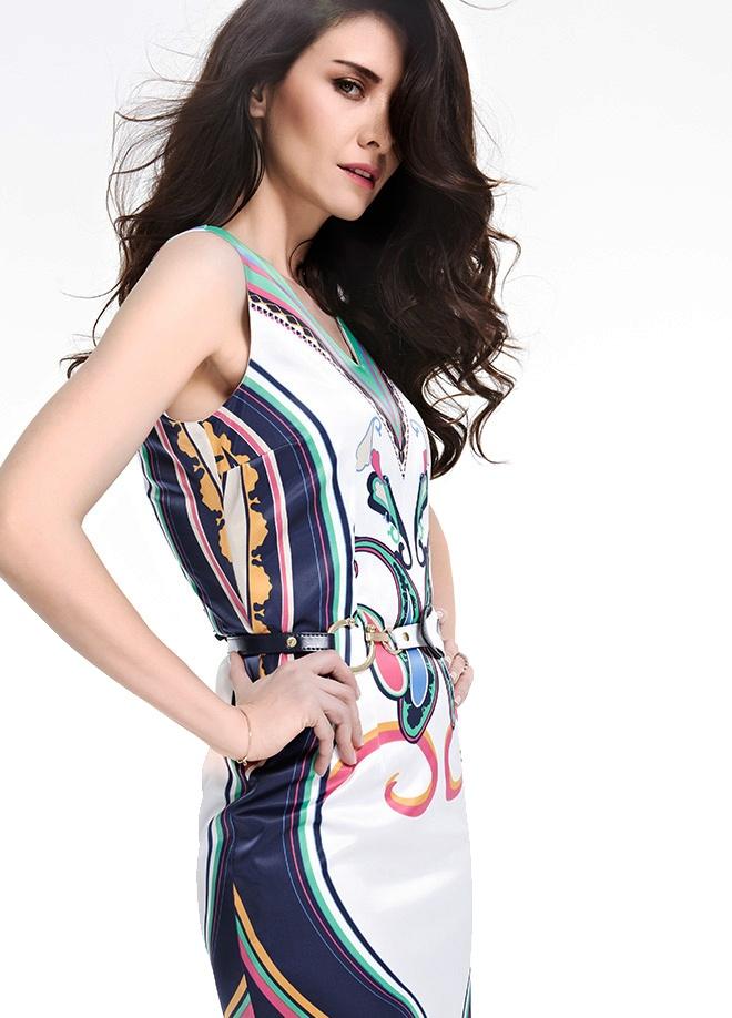 Giselle Elbise Markafonide 99,90 TL yerine 49,99 TL! Satın almak için: http://www.markafoni.com/product/3694100/