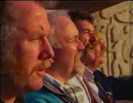 ▶ Joe Mcdonnell - The Wolfe Tones (Video) - YouTube