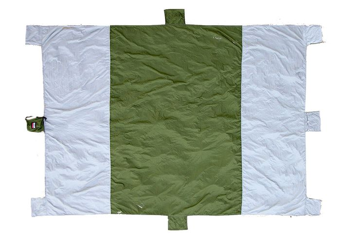BISON OUTFITTERS Sand Escape Portable Compact Beach and Outdoor Blanket Largest, Made from Ripstop Parachute Nylon with 6 Sand Anchors, 1 Valuables Pocket and 1 Carry Pouch, Khaki. Multipurpose use BISON OUTFITTERS beach and outdoor blanket is suitable for beach, park, picnic, hiking, sport & other outdoor activities or concerts. Largest but compact - 7 x 9 feet largest beach and outdoor blanket is comfortable for the entire family and big companies. Ultralight and durable - beach and...