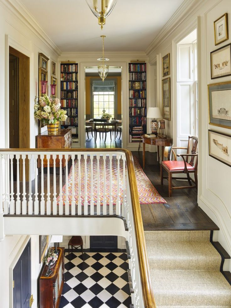 Best 20 upstairs hallway ideas on pinterest hallways for Upstairs design