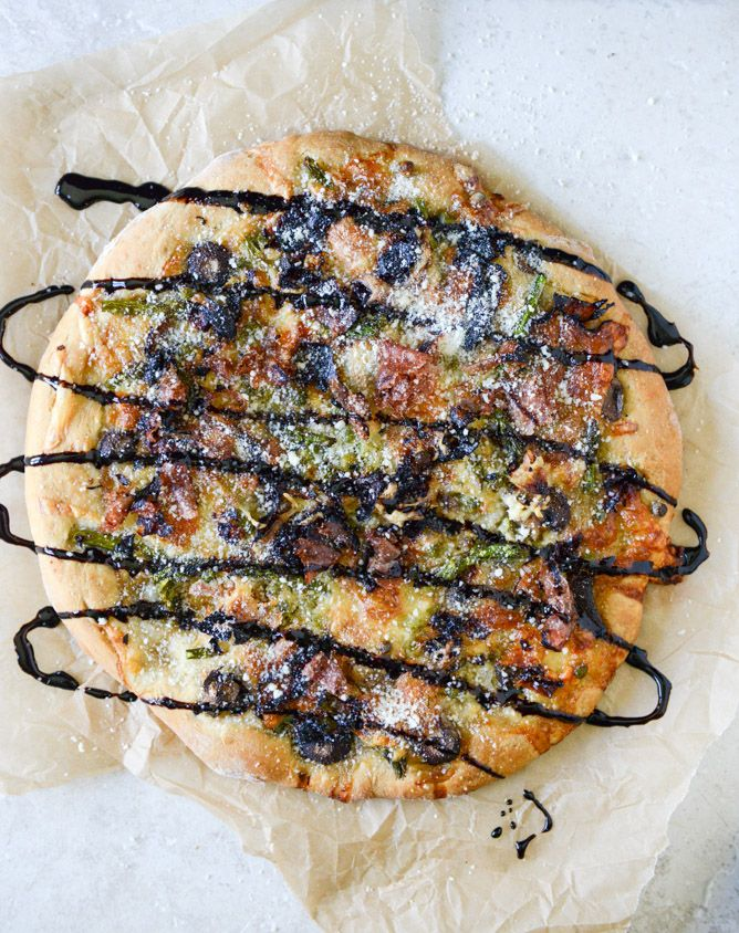 mushroom, asparagus & prosciutto pizza with balsamic glaze