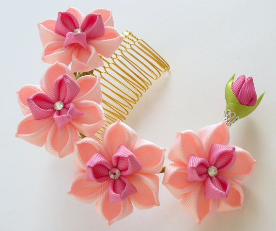 Kanzashi Fabric Flower hair comb . Pink hair comb. Pink by JuLVa