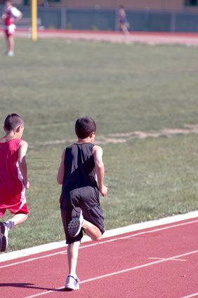 very interesting 400 meter dash running strategies!