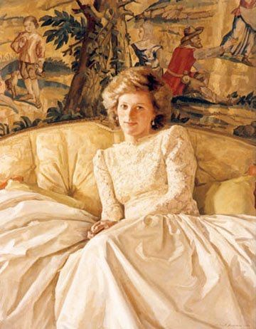 In 1986, Diana sat for Richard Foster wearing a long cream gown. Truly beautiful.