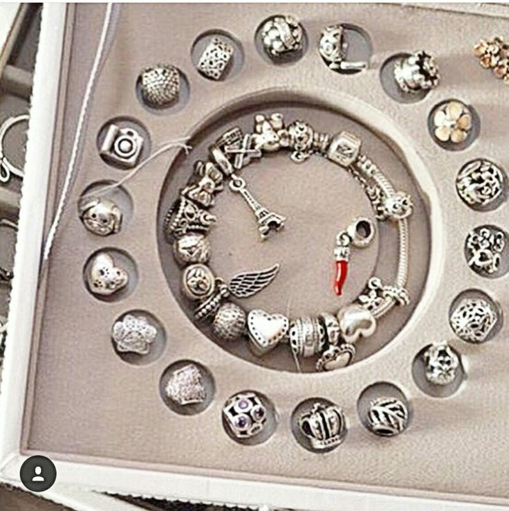 Stackers box for the serious Pandora lover. WOMEN'S JEWELRY http://amzn.to/2ljp5IH