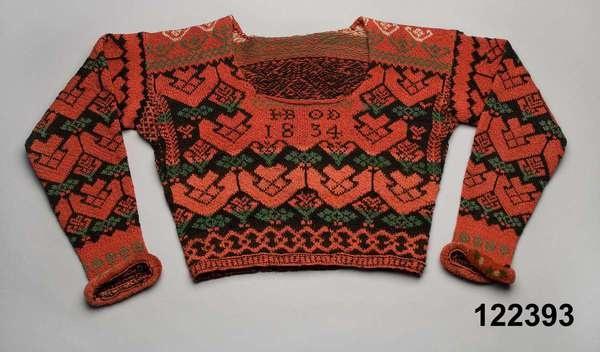 Womans' knitted wool sweater, dated 1834. Bjuråker, Hälsingland. Dated 1860. Nordiska Museet, Stockholm. http://www.digitaltmuseum.se/things/trja/S-NM/NM.0122393?query=bjur%C3%A5ker_context=1=2=175=26