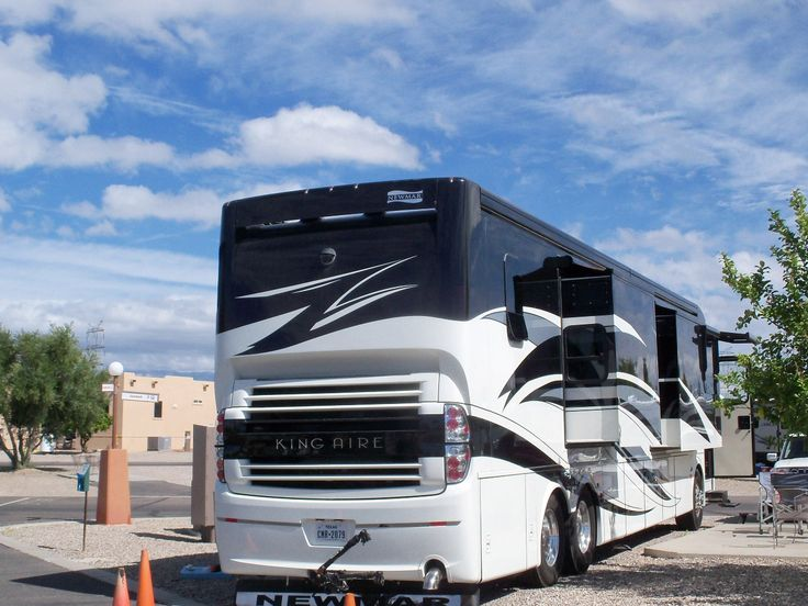 Newmar King Aire Luxury Motorcoach
