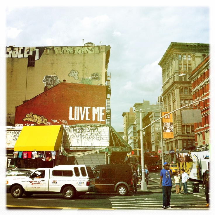 LOVE ME. NYC.   © Emily Rickard.