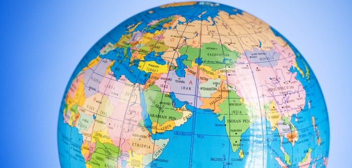 Dünyanın en kalabalık yeri neresi? Açıklanan verilere göre, Facebook'a ayda en az bir defa giriş yapan kullanıcı sayısı 1 milyar 350 milyona ulaştı. Evet, sosyal medya devi Facebook artık dünyanın en kalabalık yeri olarak anılıyor. #1veri1bilgi #yaşam #yaşammekan http://bit.ly/1HE1W7e