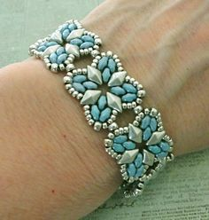 Lindas Crafty Inspirations: Bracelet of the Day: Roundabout - Blue  Silver