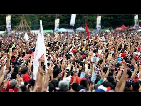 Ahok-Djarot berbaur bersama lautan warga Jakarta di #KonserGue2