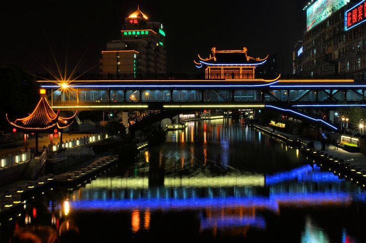 Covered Bridge in Wuxi - Wuxi, Jiangsu