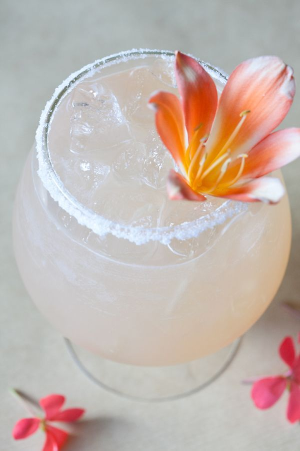 honey citrus cocktail: fresh squeezed grapefruit juice and orange juice, with Skyy Infused Dragon Fruit vodka and lightly sweetened with honey #vodkacocktails