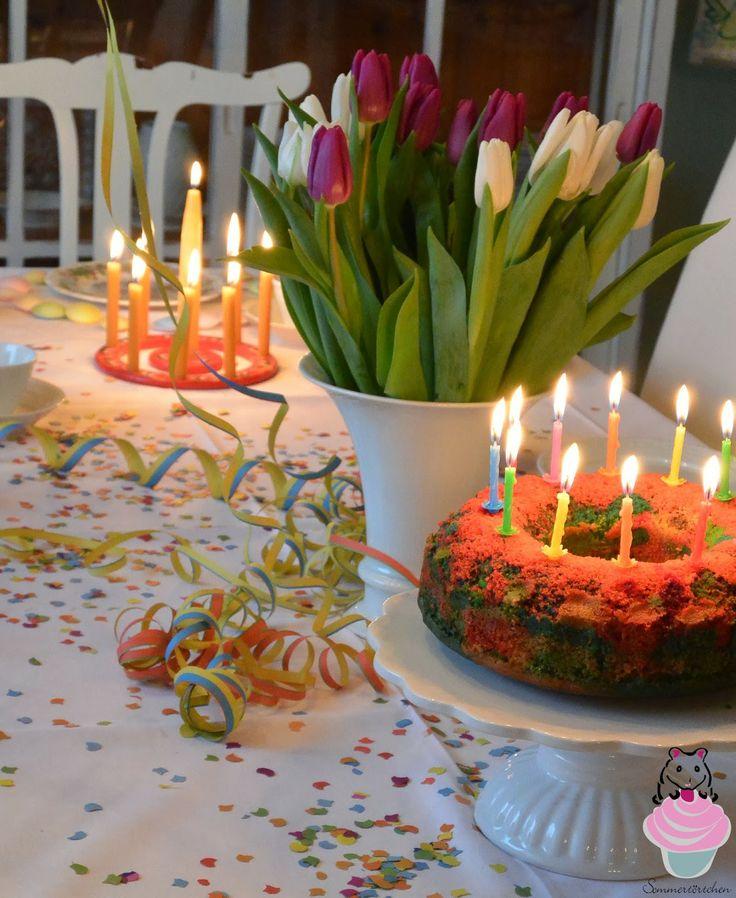 Sommertörtchen: Regenbogenkuchen und Regenbogen-Cupcakes