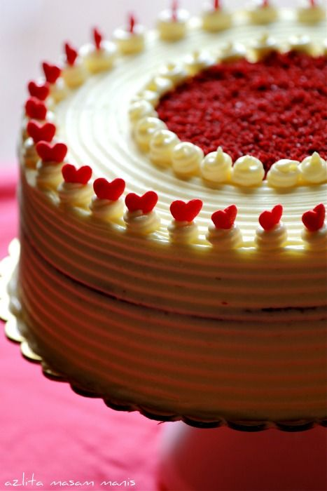 CHECKERED RED VELVET CAKE