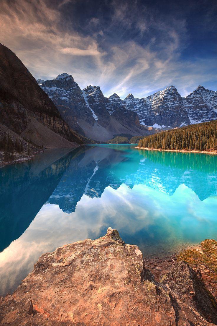 "theencompassingworld: ""Moraine Lake, Alberta, Canada | by Florent Criquet """