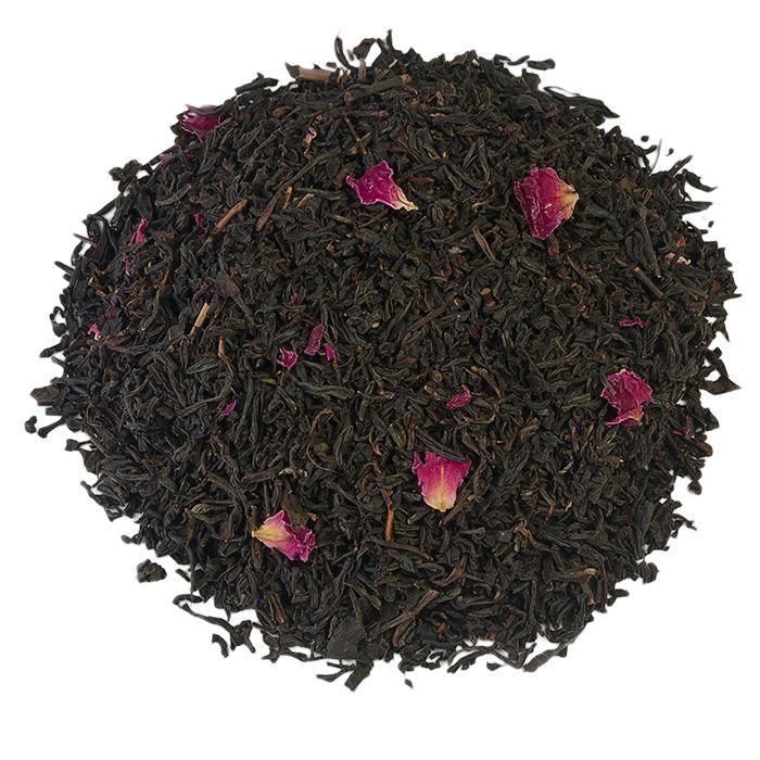 CHINA ROSE STD 707 | Een klassieker die zijn naam te danken heeft aan de rozenbloesem die erin verwerkt is. Dit maakt van de China Rose een zwarte thee die bijzonder geurig is, met een zachte, bloemige smaak die je niet snel vergeet. Elke theeliefhebbers moet hier eigenlijk altijd wel een zakje van op voorraad hebben. |