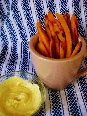 Sweet Potato Fries with Curry Mayo Dip | Yummies | Pinterest