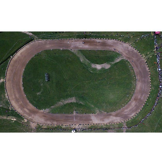 ⭐️EL ROLLO⭐️ flattrack race Saturday 16th June 2018 - Hipodromo San Sebastian #wheelsandwaves2018  #elrollo  via ✨ @padgram ✨(http://dl.padgram.com)