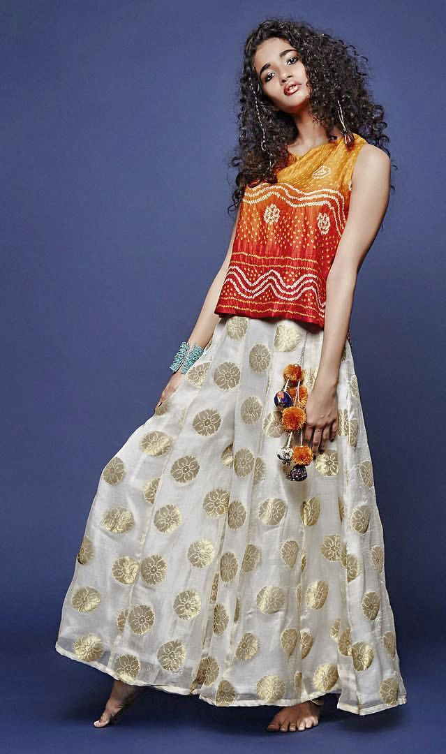 Ginil&Disha #ombré bandhani zip back top with kali #palazzo in ivory and gold and #tassel hangings