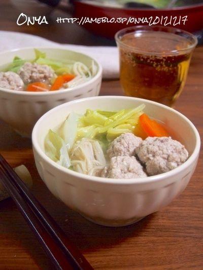 豆腐でかさまし&ヘルシー!!春キャベツとふわふわ肉団子の塩ダレ鍋 ...