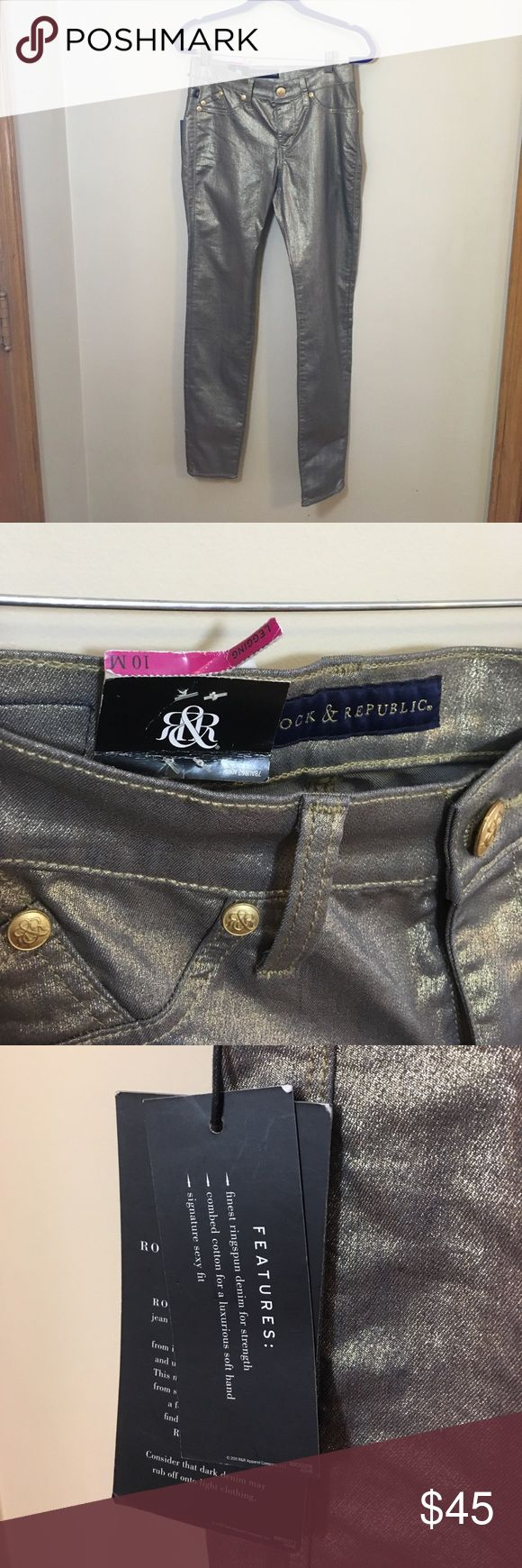 Rock & Republic Gold Jean Leggings NWT 10 New with tags, Rock & Republic Gold Jean leggings. Size 10 M. Waist: 31. Rise: 9.5. Inseam: 31. 73% cotton, 2% spandex, 25% polyester. Rock & Republic Jeans Skinny