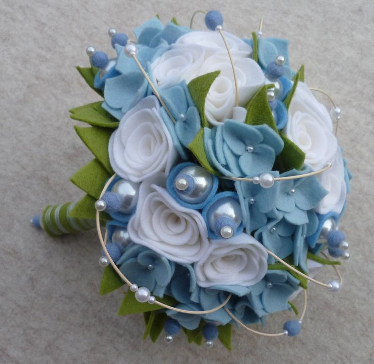 wedding bouquet felt www.deviltenbruid.nl