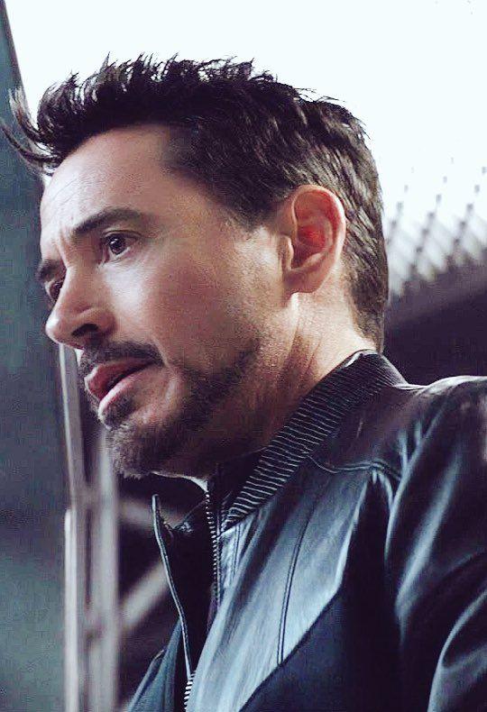 8 Beard Styles If You Have A Patchy Beard Robert Downey Jr Iron Man Rober Downey Jr Robert Downey Jr