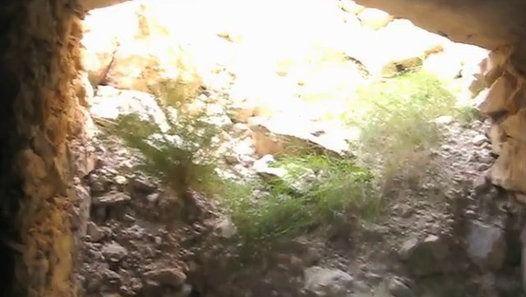 Batería de Costa de la Guerra Civil en la Punta de la Tana (Cases d'Alcanar) Tarragona.  Canción: Slightly Floating (Trust)  Más en: http://dreammaster6.blogspot.com.es/p/baterias-antiaereas.html#11
