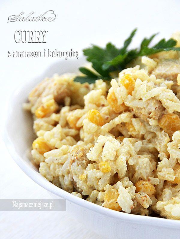 Sałatka curry z dodatkiem ananasa i słodkiej kukurydzy cieszy oko swym żółtym kolorem i zapachem. Polecam tę sałatkę na różne okazje.