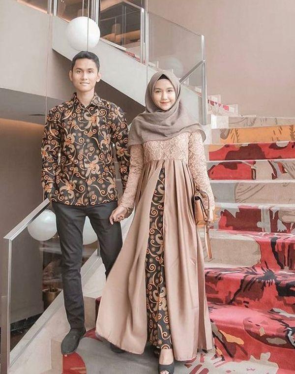 Referensi Baju Batik Couple