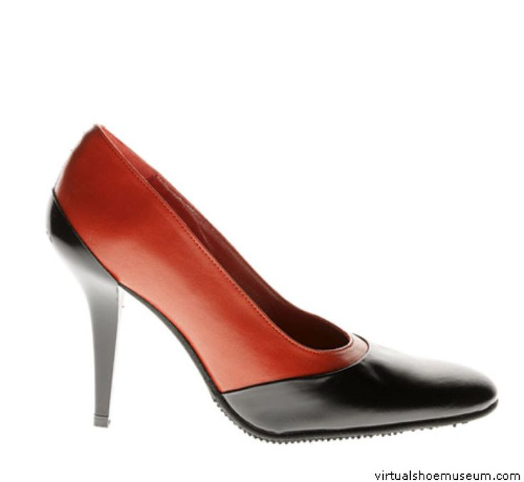 Victoria red pump | virtualshoemuseum.com