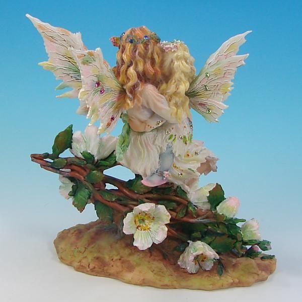Faeries of the White Rose(ホワイト・ローズ)