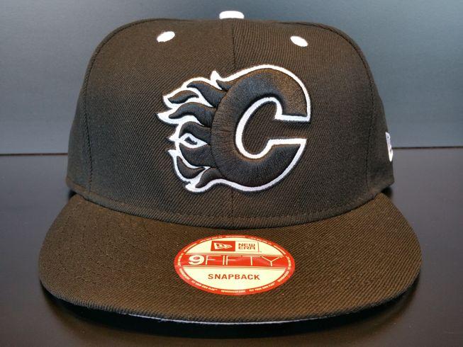 Calgary Flames Snapback Exclusive Custom Black and White